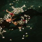 静かに海の底へ沈んでいく恋